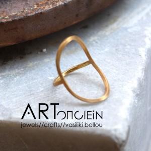 Οβάλ Δαχτυλίδι από την Μαίρη Γαϊτάνη  Ασήμι 925 επιχρυσωμένο