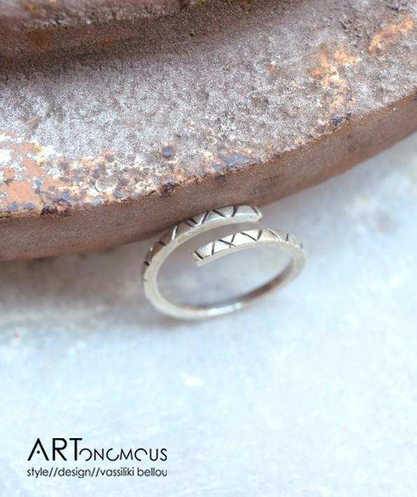silver-stacking-ring-artonomous2