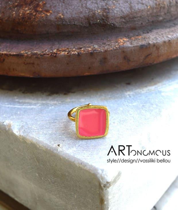 korali-daxtylidi-smalto-artonomous-1